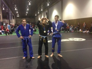 Chris Kim submitted his way through the Blue Belt gi division.